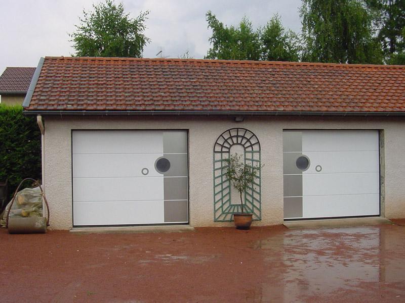 Portes de garage champagne aux monts d 39 or for Garage coquard lyon 7