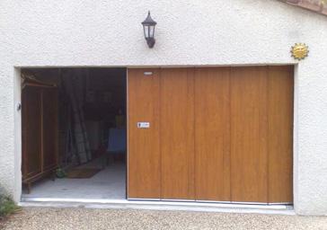 Portes de garage champagne aux monts d 39 or for Garage lyon 1